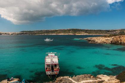 Malta - podróż na wyspę Comino