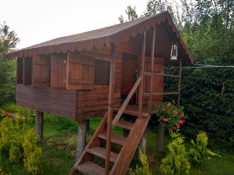Domek Baba Jagi w gospodarstwie agroturystycznym Siedlisko pod Dębami