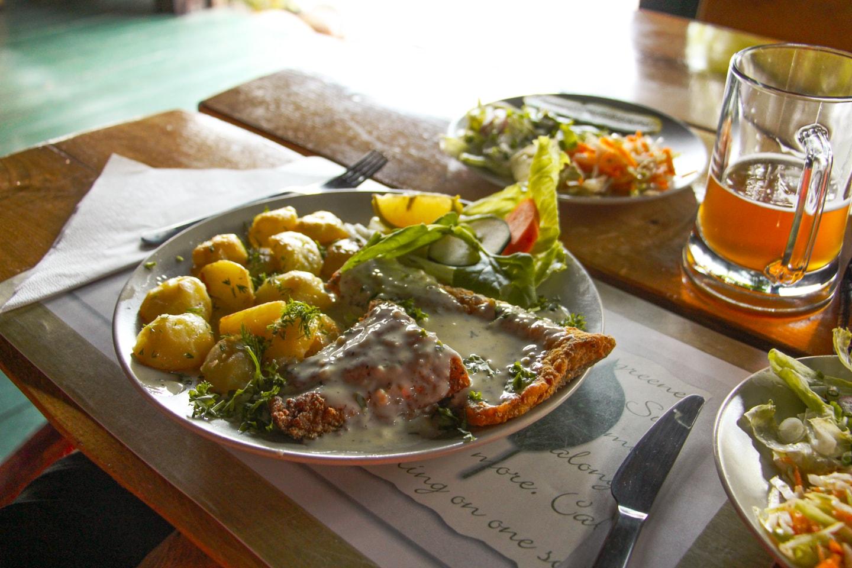 Lina w sosie koperkowo-śmietanowym - Gościniec Na Wzgórzu menu