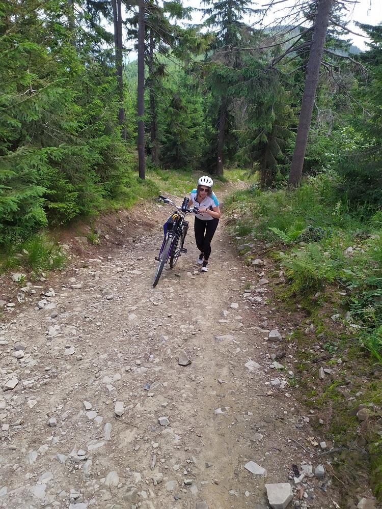podjazd rowerem na przehybę